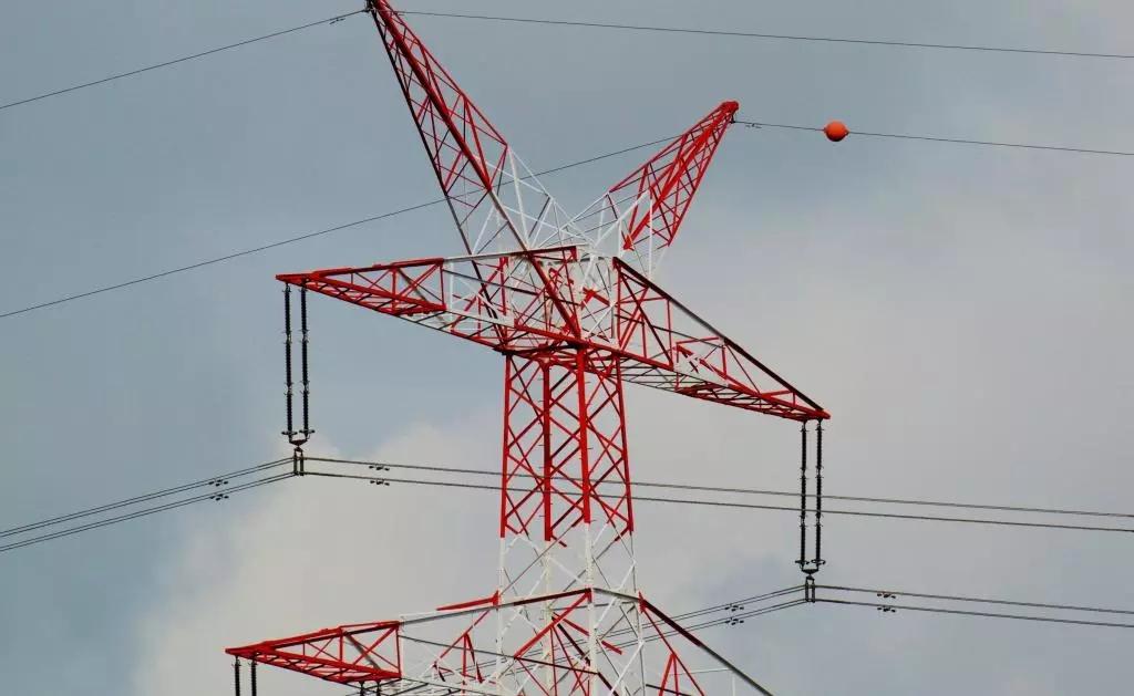 必威西汉姆官网额定电压与必威西汉姆官网芯数之间有什么关系?